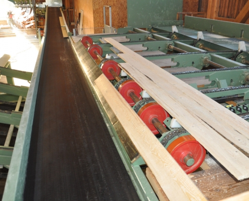Holzlatten und Bretter vom Sägewerk Pfoser in Ulrichsberg